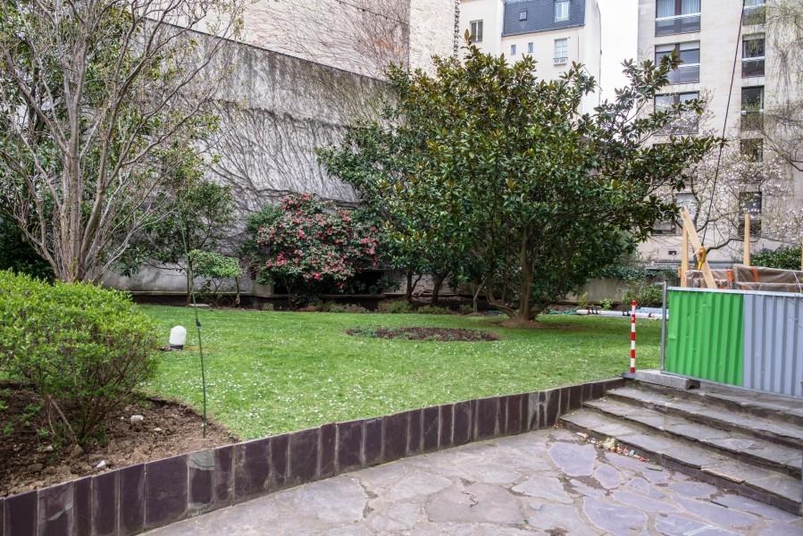 Résidence Docteur Roux. Détail cour. Source : Ville de Paris Christophe Noel ©