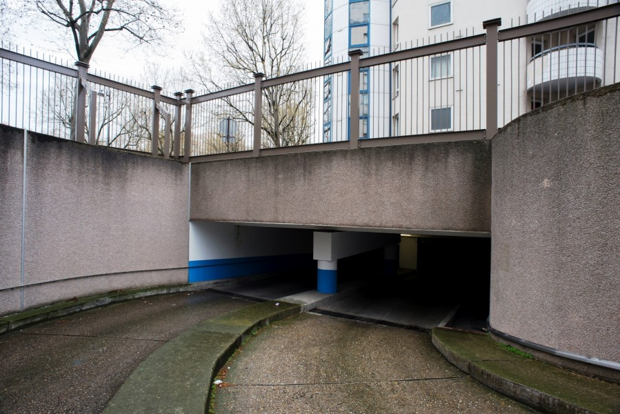 Parking Raymond Queneau. Détail accès. Source : Jean-Pierre Viguié ©