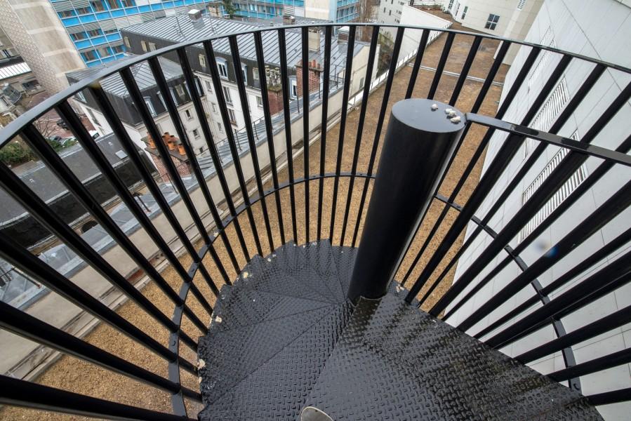 Accès entre deux toit-terrasses de l'opéra Bastille. Source : Ville de Paris